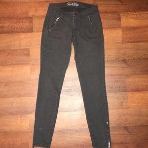 Skinny gray jeans